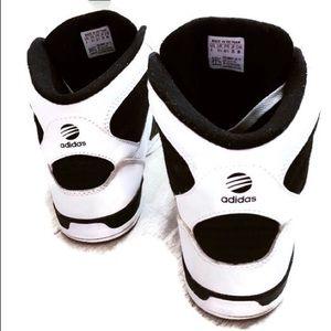 Le Adidas Prezzo Ginnastica Finale Neo Classico Scarpe da Ginnastica Prezzo Alte Poshmark cdf380